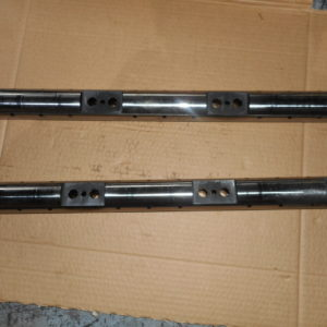 RE520808 ROCKET ARM SHAFT