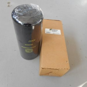 RE58935 OIL FILTER 001 (Small)